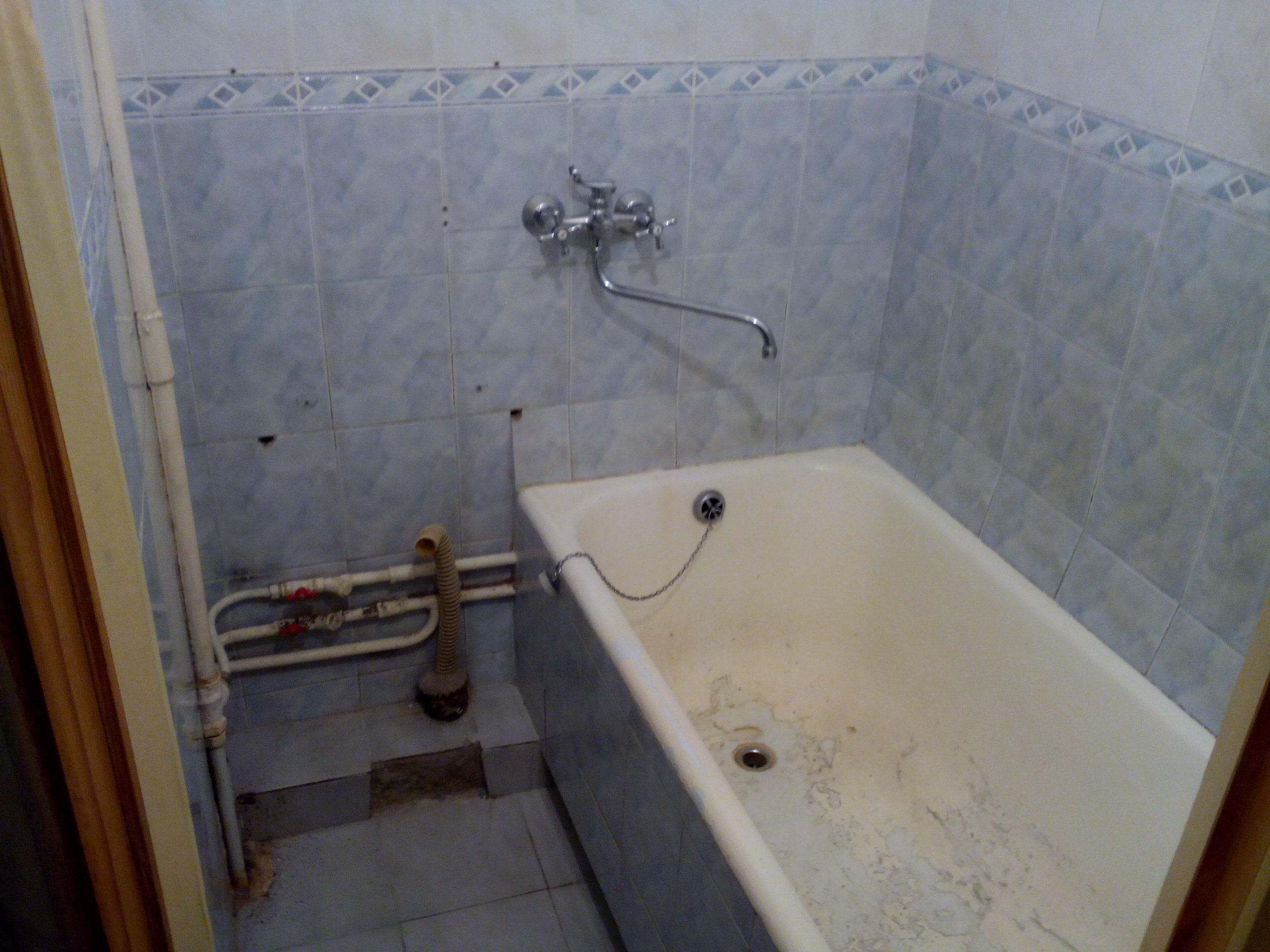 демонтаж в ванной комнате
